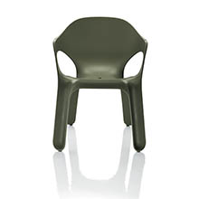 featured_Magis_EasyChair_04